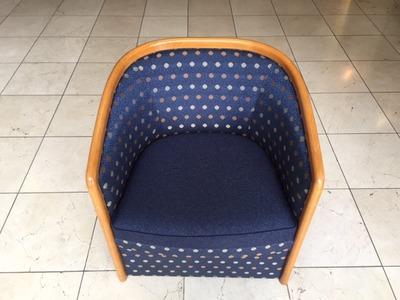 椅子張替え.JPGのサムネイル画像