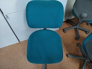 事務椅子クリーニング.JPGのサムネイル画像