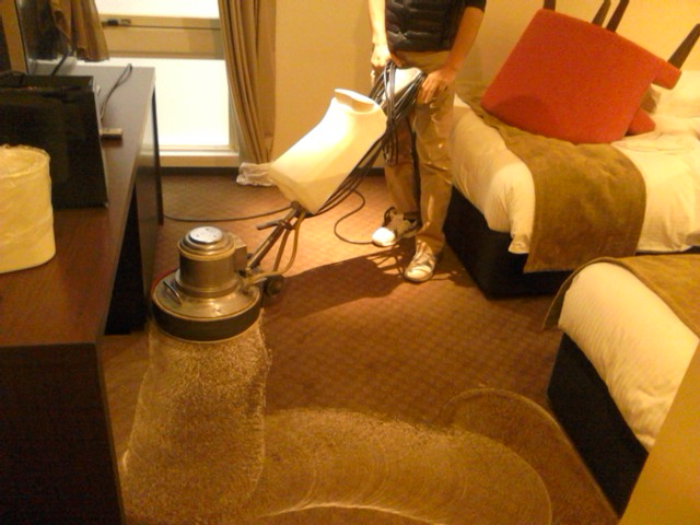 ブラッサム 絨毯清掃.jpg